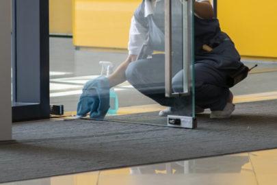 Condomínio residencial: cuidados para limpeza e desinfecção das áreas comuns