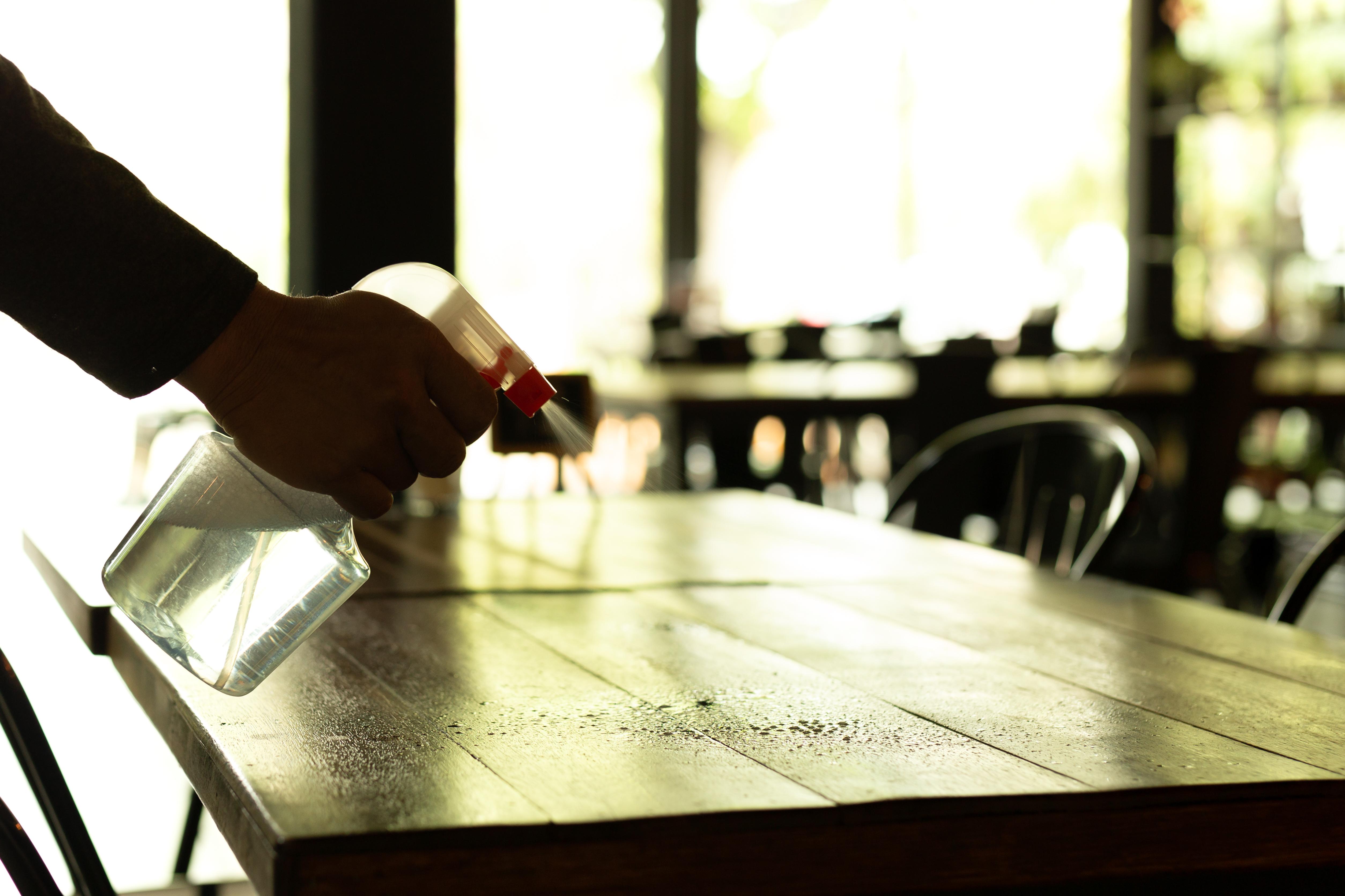 Desinfecção em restaurantes deve ser diária! Veja as normas